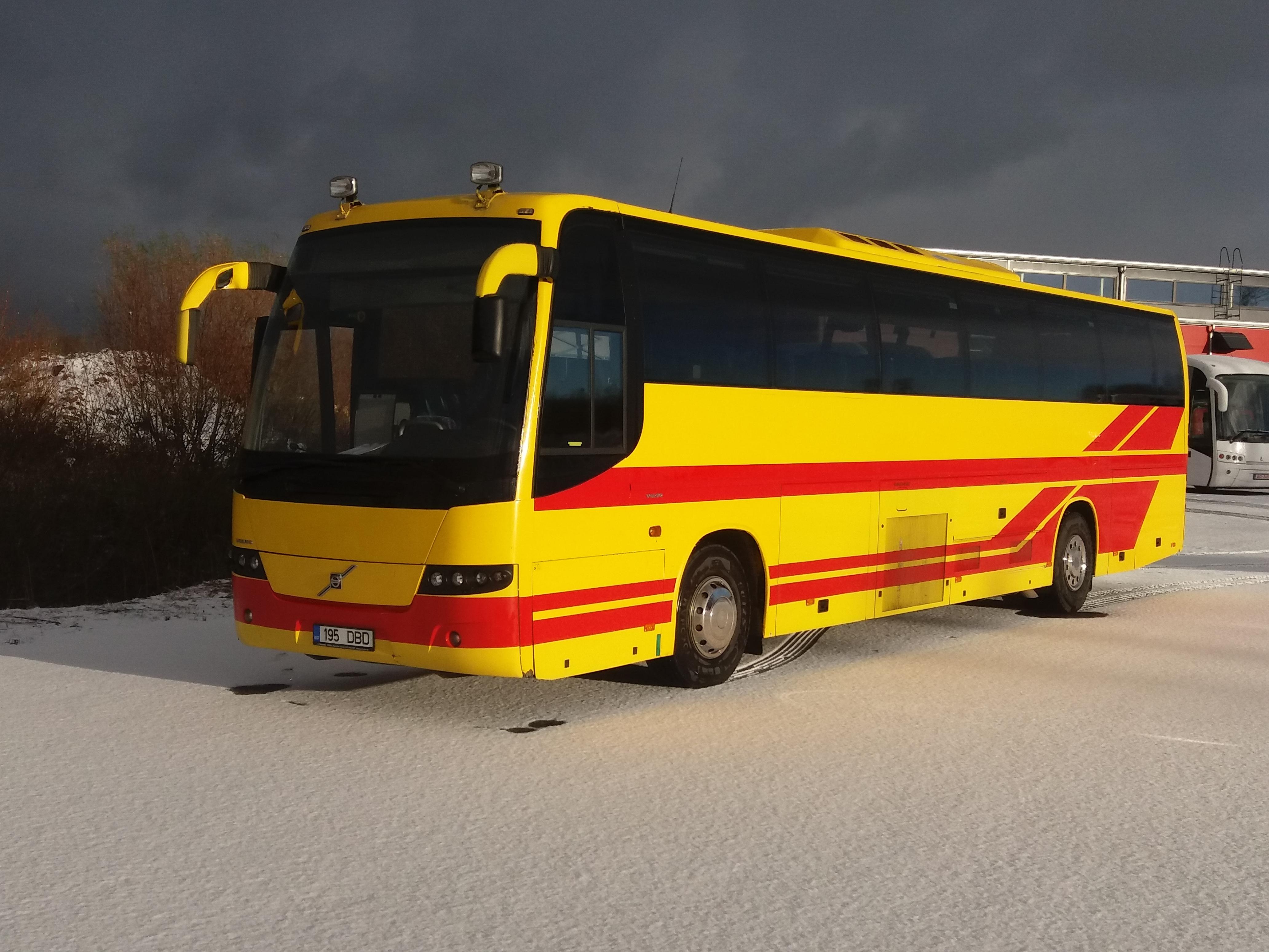 Volvo buss väljast